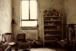 creepy-babyroom